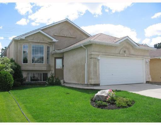 Main Photo: 47 FIRBRIDGE Crescent in WINNIPEG: Fort Garry / Whyte Ridge / St Norbert Single Family Detached for sale (South Winnipeg)  : MLS®# 2710661