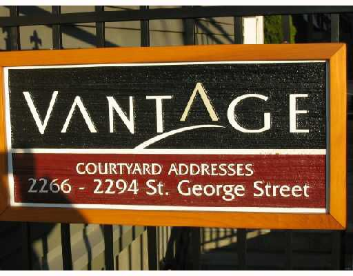 """Main Photo: 2268 ST GEORGE Street in Vancouver: Mount Pleasant VE Townhouse for sale in """"THE VANTAGE"""" (Vancouver East)  : MLS®# V691116"""