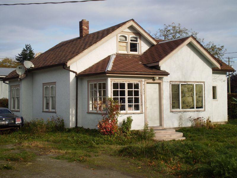 Main Photo: 41877 Yarrow Central Rd.: Yarrow House for sale