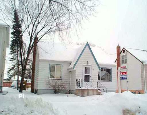 Main Photo: 84 STRANMILLIS Avenue in Winnipeg: St Vital Single Family Detached for sale (South East Winnipeg)  : MLS®# 2600609