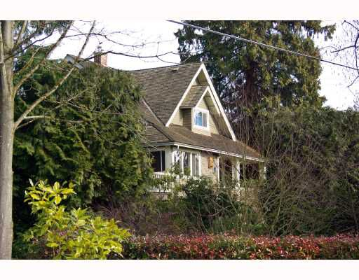 Main Photo: 2503 HAYWOOD Avenue in West_Vancouver: Dundarave House for sale (West Vancouver)  : MLS®# V692756