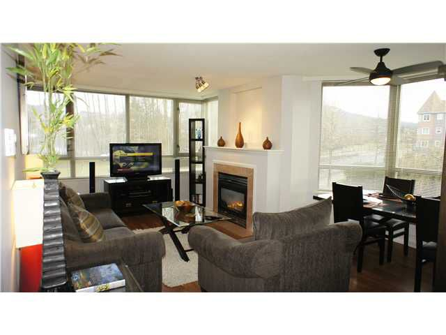 Main Photo: # 205 3070 GUILDFORD WY in Coquitlam: North Coquitlam Condo for sale : MLS®# V924595