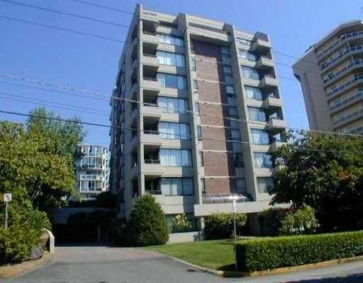 "Main Photo: #401 1737 Duchess Avenue in West Vancouver: Ambleside Condo for sale in ""Bristol Court"" : MLS®# V807551"
