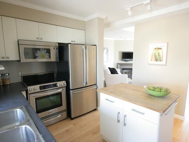 Main Photo: # 201 788 W 8TH AV in Vancouver: Fairview VW Condo for sale (Vancouver West)  : MLS®# V845487
