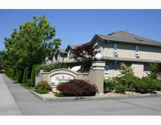 """Main Photo: 17 998 RIVERSIDE Drive in Port_Coquitlam: Riverwood Townhouse for sale in """"RIVERWOOD"""" (Port Coquitlam)  : MLS®# V661816"""