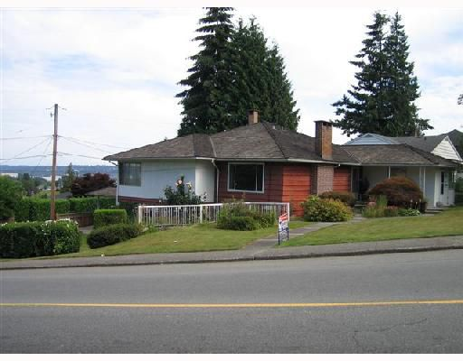 """Main Photo: 558 AMESS Street in New_Westminster: The Heights NW House for sale in """"The Heights"""" (New Westminster)  : MLS®# V659763"""