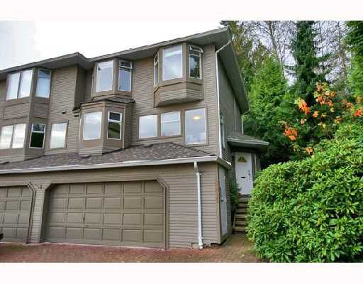 "Main Photo: 8815 FINCH Court in Burnaby: Forest Hills BN Townhouse for sale in ""PRIMROSE HILL"" (Burnaby North)  : MLS®# V677702"