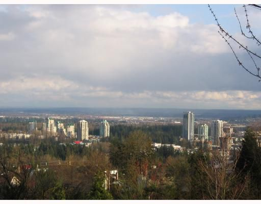"Main Photo: 202 1438 PARKWAY Boulevard in Coquitlam: Westwood Plateau Condo for sale in ""MONTREAUX-SUNDANCE"" : MLS®# V700178"