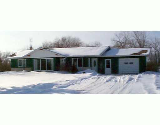 Main Photo: HOMEWOOD RD in Fannystelle: Brunkild / La Salle / Oak Bluff / Sanford / Starbuck / Fannystelle Single Family Detached for sale (Winnipeg area)  : MLS®# 2601386