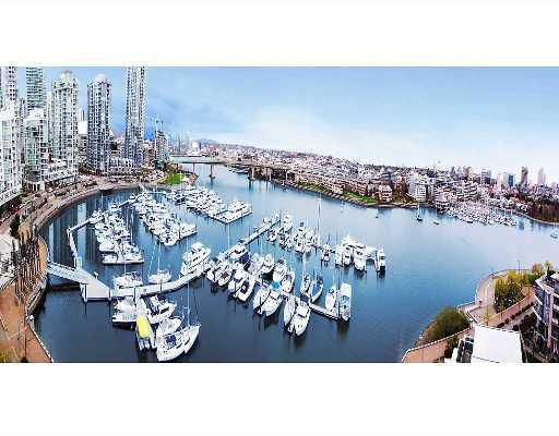 """Main Photo: 1202 1228 MARINASIDE Crescent in Vancouver: False Creek North Condo for sale in """"CRESTMARK II"""" (Vancouver West)  : MLS®# V649962"""