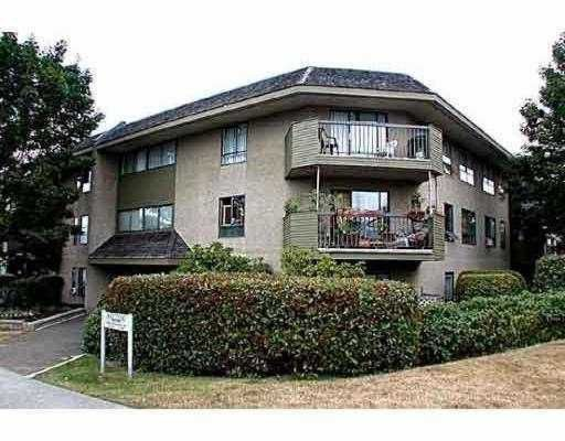"""Main Photo: 314 2150 BRUNSWICK ST in Vancouver: Mount Pleasant VE Condo for sale in """"MT. PLEASANT PLACE"""" (Vancouver East)  : MLS®# V581405"""