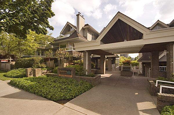"""Main Photo: 211 3638 RAE Avenue in Vancouver: Collingwood VE Condo for sale in """"RAINTREE GARDENS"""" (Vancouver East)  : MLS®# V712815"""