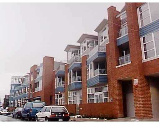 "Main Photo: 222 638 W 7TH AV in Vancouver: Fairview VW Condo for sale in ""OMEGA"" (Vancouver West)  : MLS®# V570515"