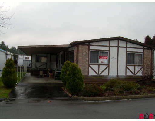 "Main Photo: 33 7850 KING GEORGE Highway in Surrey: Bridgeview Manufactured Home for sale in ""BEAR CREEK GLEN"" (North Surrey)  : MLS®# F2730705"