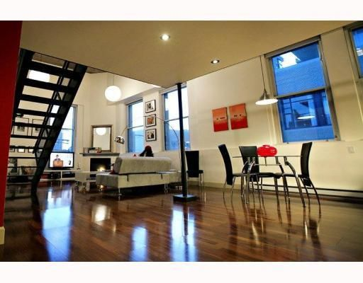 """Main Photo: 404 549 Columbia Street in New Westminster: Downtown NW Condo for sale in """"C2C Lofts"""" : MLS®# V758075"""