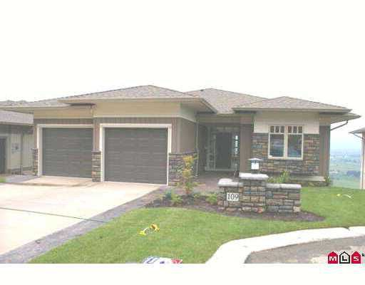 """Main Photo: 109 51075 FALLS Court in Chilliwack: Eastern Hillsides House for sale in """"EMERALD RIDGE"""" : MLS®# H2703092"""