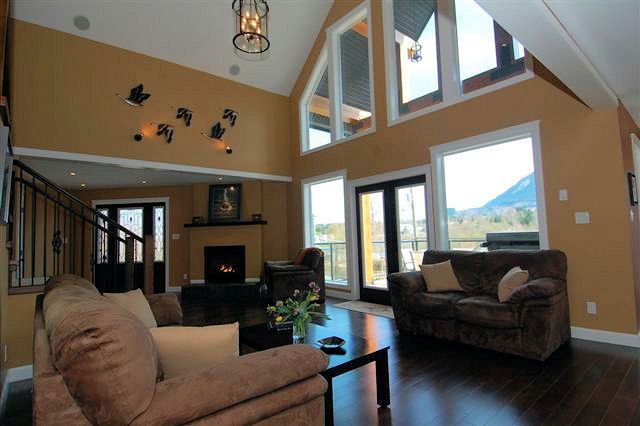 Photo 7: Photos: 243 NORTH SHORE ROAD in LAKE COWICHAN: House for sale : MLS®# 294475
