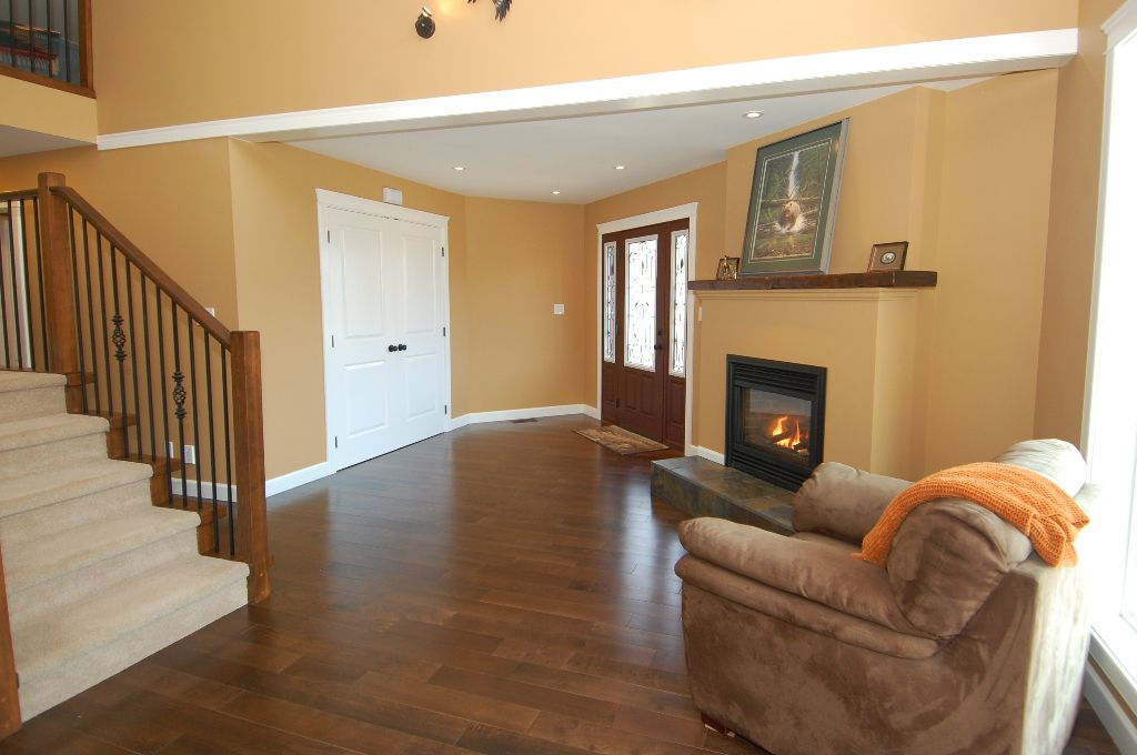 Photo 3: Photos: 243 NORTH SHORE ROAD in LAKE COWICHAN: House for sale : MLS®# 294475