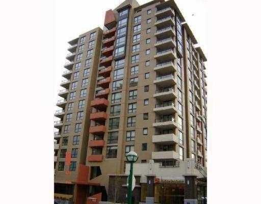 "Main Photo: 605 7225 Acorn Avenue in Burnaby: Highgate Condo  in ""Axis"" (Burnaby South)  : MLS®# V770991"