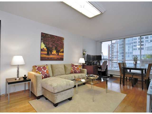 "Main Photo: 802 1500 HOWE Street in Vancouver: Condo for sale in ""THE DISCOVERY"" (Vancouver West)  : MLS®# V859832"