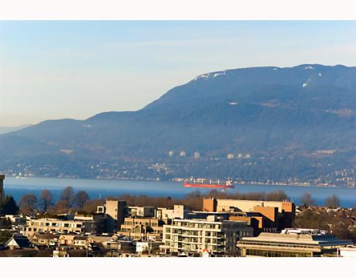 "Main Photo: 906 1650 W 7TH Avenue in Vancouver: Fairview VW Condo for sale in ""VIRTU"" (Vancouver West)  : MLS®# V748830"