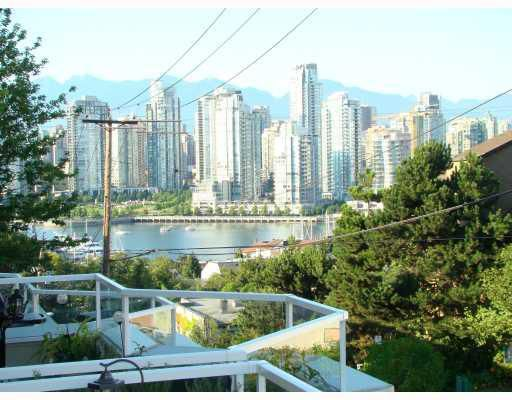 """Main Photo: 1208 W 7TH Avenue in Vancouver: Fairview VW Condo for sale in """"ALDERWOOD PLACE"""" (Vancouver West)  : MLS®# V780702"""