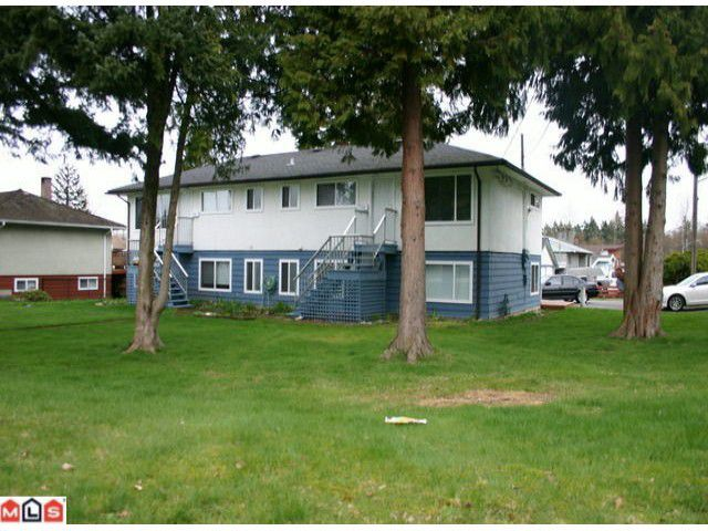 """Main Photo: 11186 143A Street in Surrey: Bolivar Heights House Fourplex for sale in """"Bolivar Heights"""" (North Surrey)  : MLS®# F1006686"""