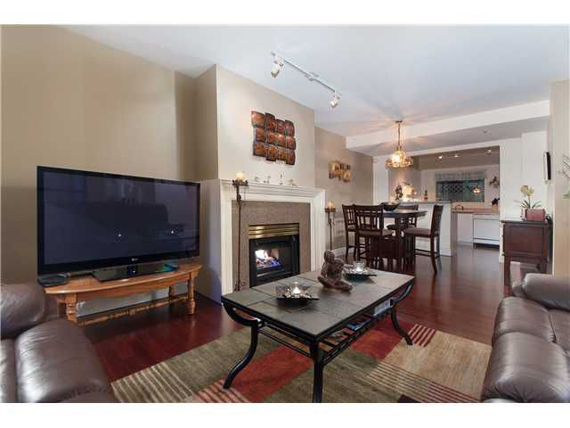 """Main Photo: 107E 3081 GLEN Drive in Coquitlam: North Coquitlam Condo for sale in """"PARC LAURENT"""" : MLS®# V853632"""