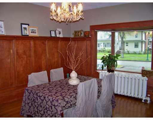 Photo 5: Photos: 187 MONTROSE Street in WINNIPEG: River Heights / Tuxedo / Linden Woods Residential for sale (South Winnipeg)  : MLS®# 2919340