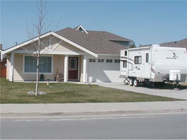 Main Photo: 5705 NICKERSON Road in Sechelt: Sechelt District House for sale (Sunshine Coast)  : MLS®# V825407