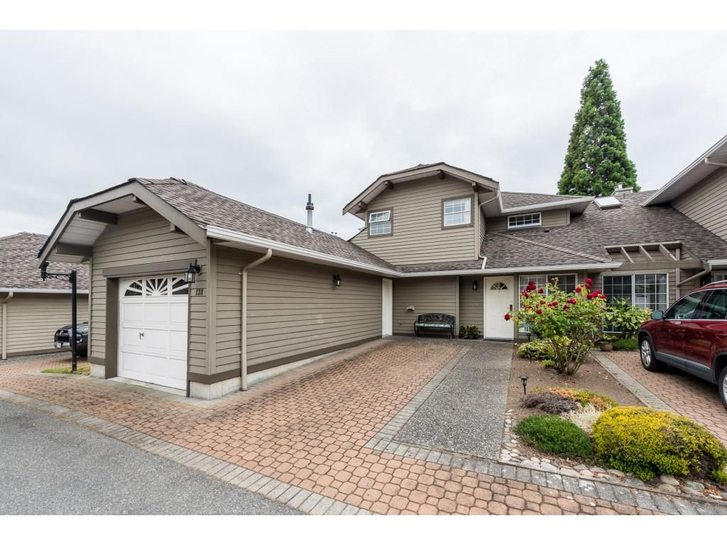 Main Photo: 138 16275 15 AVENUE in Surrey: King George Corridor Townhouse for sale (South Surrey White Rock)  : MLS®# R2386731