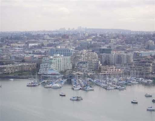 """Main Photo: 2705 428 BEACH CR in Vancouver: False Creek North Condo for sale in """"KINGS LANDING"""" (Vancouver West)  : MLS®# V568021"""
