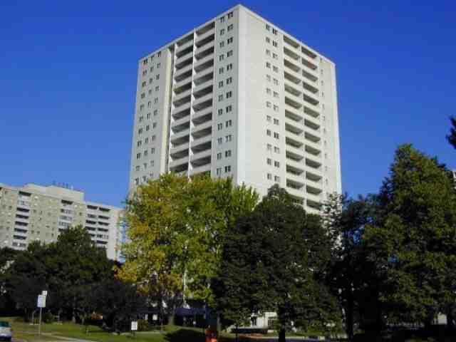 Main Photo: 8 1350 York Mills Road in Toronto: Condo for lease (C13: TORONTO)  : MLS®# C1985127