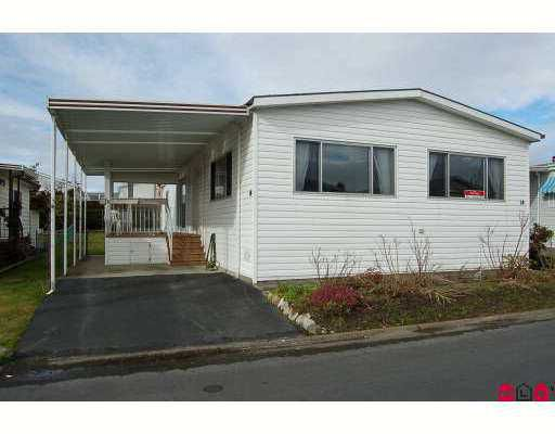 "Main Photo: 14 2303 CRANLEY Drive in White Rock: King George Corridor Manufactured Home for sale in ""SUNNYSIDE ESTATES"" (South Surrey White Rock)  : MLS®# F2701302"