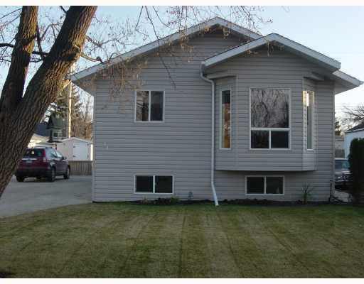 Main Photo: 44 ST VITAL Road in WINNIPEG: St Vital Residential for sale (South East Winnipeg)  : MLS®# 2920851