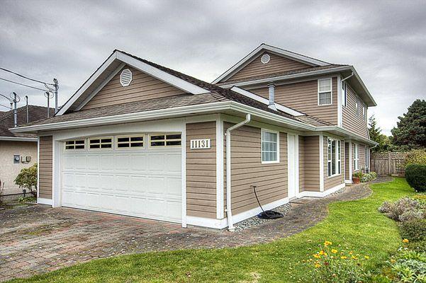 Main Photo: 11131 6TH Avenue in Richmond: Steveston Villlage House for sale : MLS®# V856012
