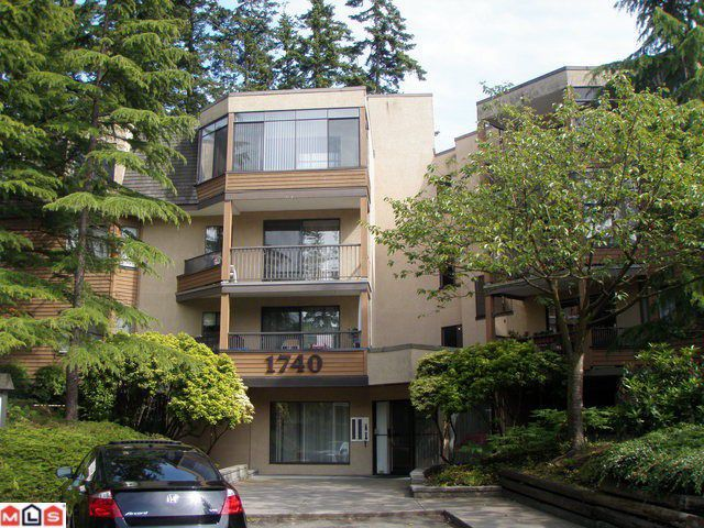 "Main Photo: 206 1740 SOUTHMERE Crescent in Surrey: Sunnyside Park Surrey Condo for sale in ""Capstan Way"" (South Surrey White Rock)  : MLS®# F1017493"
