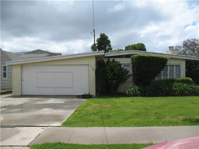 Main Photo: PACIFIC BEACH House for sale : 3 bedrooms : 2149 Reed