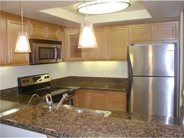 Main Photo: DOWNTOWN Home for sale or rent : 2 bedrooms : 2784 B #124 in San Diego