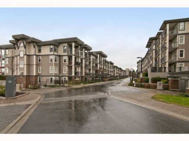 Main Photo: 205 4868 BRENTWOOD Drive in Burnaby: Brentwood Park Condo for sale (Burnaby North)  : MLS®# V817837