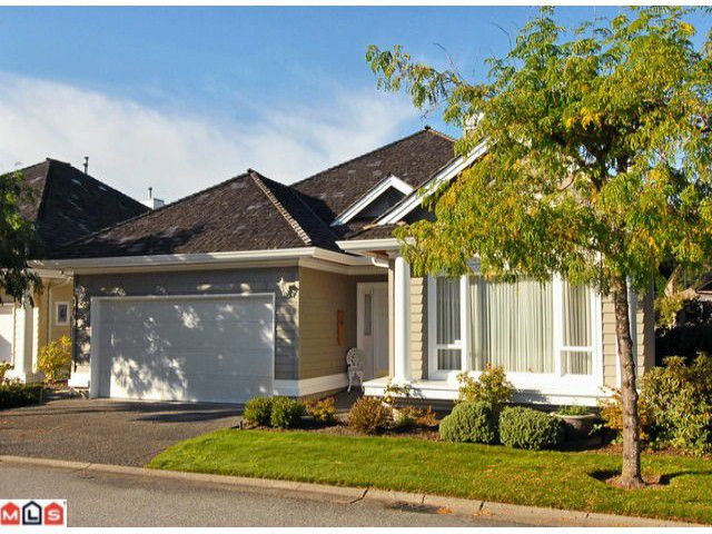 """Main Photo: 19 1881 144TH Street in Surrey: Sunnyside Park Surrey Townhouse for sale in """"BRAMBLEY HEDGE"""" (South Surrey White Rock)  : MLS®# F1024992"""