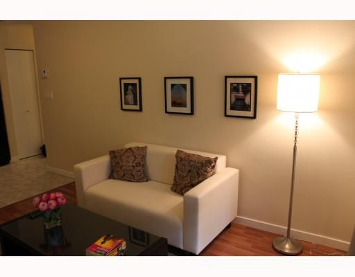 """Main Photo: 207 2891 E HASTINGS Street in Vancouver: Hastings East Condo for sale in """"PARK RENFREW"""" (Vancouver East)  : MLS®# V787358"""