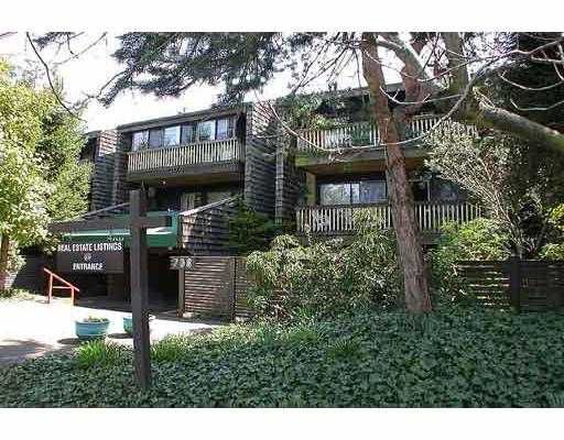 "Main Photo: 205 708 8TH AV in New Westminster: Uptown NW Condo for sale in ""VILLA FRANCISCAN"" : MLS®# V580191"
