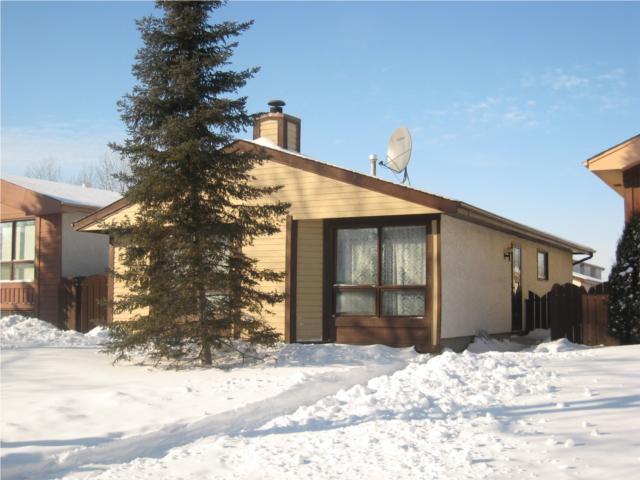 Main Photo: 867 CARRIGAN Place in WINNIPEG: Fort Garry / Whyte Ridge / St Norbert Residential for sale (South Winnipeg)  : MLS®# 1001380