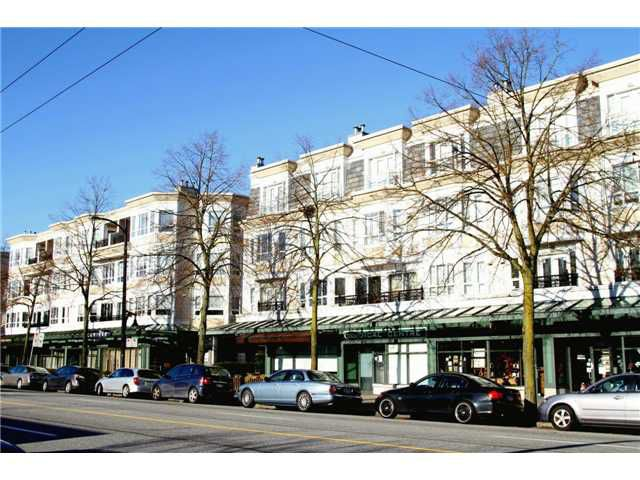 "Main Photo: 215 2545 W BROADWAY in Vancouver: Kitsilano Townhouse for sale in ""TRAFALGAR MEWS"" (Vancouver West)  : MLS®# V862917"