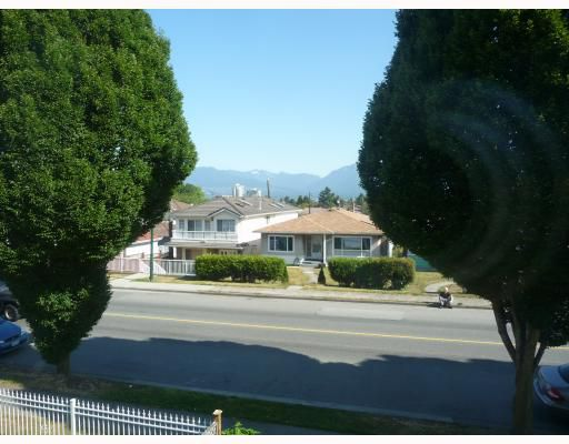Main Photo: 1756 E 33RD Avenue in Vancouver: Victoria VE House for sale (Vancouver East)  : MLS®# V774937
