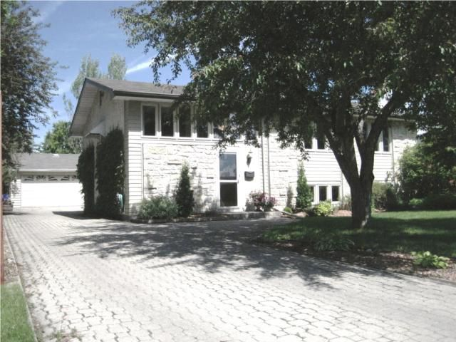 Main Photo: 64 PARK GROVE Drive in WINNIPEG: Windsor Park / Southdale / Island Lakes Residential for sale (South East Winnipeg)  : MLS®# 1010759