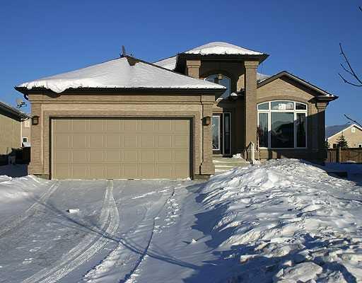 Main Photo: 31 YORKWOOD Drive in WINNIPEG: Windsor Park / Southdale / Island Lakes Residential for sale (South East Winnipeg)  : MLS®# 2901352