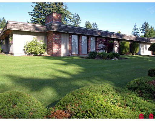 "Main Photo: 6618 SUNSHINE Drive in Delta: Sunshine Hills Woods House for sale in ""SUNSHINE HILLS"" (N. Delta)  : MLS®# F2911319"