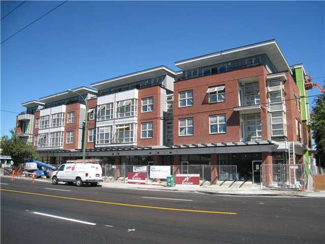 Main Photo: 3568 FRASER Street in VANCOUVER: Fraser VE Commercial for sale (Vancouver East)  : MLS®# V4023810